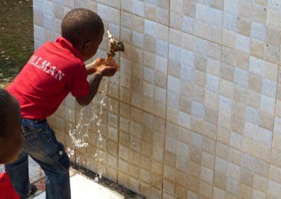 Die instandgesetzte Wasserversorgung